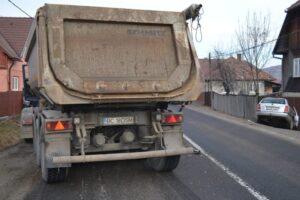 trafic-ingreunat-in-zona-localitatii-harghitene-sandominic