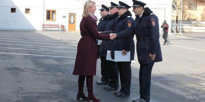 foto avansari in grad si premieri cu ocazia zilei protectiei civile