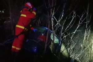 foto accident nocturn in grebenisu de campie