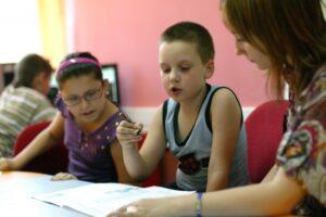 parintii ar putea ramane acasa cu copiii