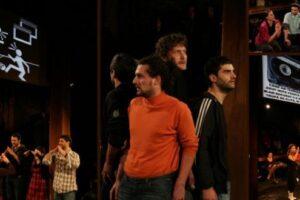 spectacolul 20 20 readus in actualitate de teatrul 3g yorick studio