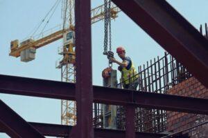 constructorii cer sprijin guvernului pentru evitarea blocajului