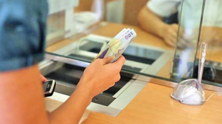 ministrul finantelor propune o amanare de pana la 9 luni a platii ratelor la banci