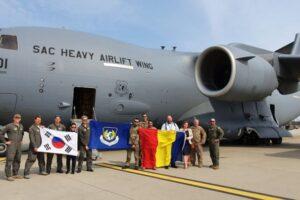 al-doilea-transport-aerian-cu-echipamente-medicale-din-coreea-de-sud,-cu-o-aeronava-c-17-globemaster-iii