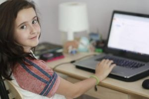 """nou!-cursuri-online-pentru-elevi,-prin-proiectul-""""scoala9"""""""