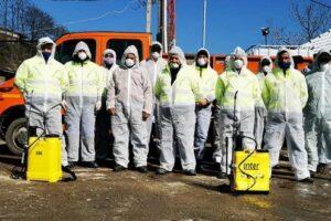 foto:-dezinfectie-in-blocurile-din-sighisoara