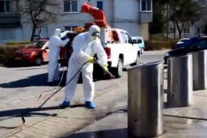 video:-ghenele-de-gunoi-din-targu-mures,-spalate-si-dezinfectate
