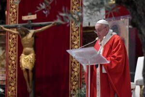 credinciosii-romano-catolici,-reformati-si-luterani-celebreaza,-azi,-duminica-floriilor