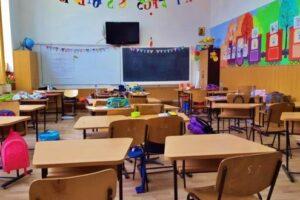 decizie-despre-anul-scolar-2019-2020