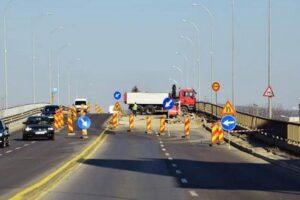 foto:-s-au-reluat-lucrarile-la-podul-mures!