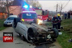 foto.-doua-victime-in-urma-unui-grav-accident-cu-masina-rasturnata!