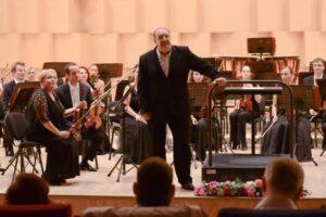 #142deani-–-concert-online-cu-celebrii-muzicieni,-pianistul-dan-grigore-si-dirijorul-misha-katz!