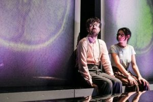 "poftiti-la-teatru-online.-in-aceasta-seara-""supernove""-de-alexandra-pazgu,-in-regia-lui-radu-nica"