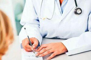 medicii-de-familie-au-fost-inclusi-in-categoria-angajatilor-care-primesc,-in-perioada-starii-de-urgenta,-stimulentul-de-risc