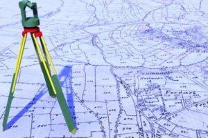 oficiul-de-cadastru-si-publicitate-imobiliara-mures-redeschide-pentru-topografi-consultarea-arhivei-de-carte-funciara