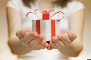 cadouri-personalizate-pentru-cei-dragi