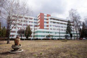 conducerea-spitalului-judetean-sf.-gheorghe-considera-ca-si-alti-angajati-ar-fi-trebuit-sa-beneficieze-de-stimulentul-de-risc-covid-19