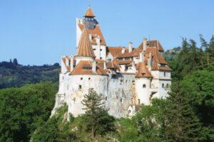 castelul-bran-se-redeschide-maine-dimineata-pentru-vizitatori