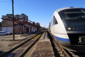cfr-calatori-a-suplimentat-capacitatea-trenurilor-spre-cele-mai-cautate-destinatii-ale-verii