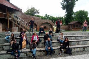 proiect-artistic-pentru-tinerii-mureseni