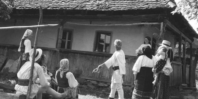 "sanzienele-si-ziua-iei,-la-muzeul-etnografic-""anton-badea"""