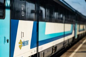 trenul-intercity-corona-circula-din-nou-pe-ruta-budapesta-–-brasov