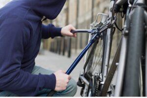 hot-de-biciclete-prins-de-politisti-dupa-un-an!