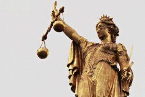 ziua-justitiei-in-romania,-marcata-in-fiecare-an-in-prima-duminica-din-luna-iulie