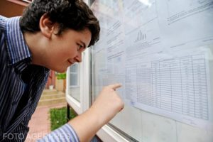 luni,-ultima-zi-in-care-absolventii-de-clasa-a-viii-a-se-pot-inscrie-la-liceu