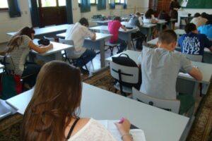 141-de-absolventi-ai-claselor-a-douasprezecea-s-au-inscris-in-etapa-speciala-a-examenului-de-bacalaureat,-care-incepe-de-astazi