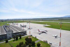 consiliul-judetean-sibiu-sprijina-cu-1,7-milioane-de-lei-aeroportul-international