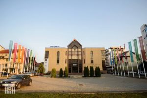 de-astazi,-universitatea-transilvania-deschide-inscrierile-pentru-admiterea-in-anul-universitar-2020-2021