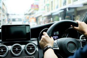 politia-vrea-scoaterea-masinilor-cu-volan-pe-dreapta-din-trafic.-soferii-acestor-vehicule,-vinovati-in-24-din-25-de-accidente