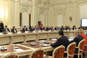 comisia-juridica-a-senatului-urmeaza-sa-isi-reia-astazi-dezbaterile-asupra-proiectului-de-lege-privind-carantina-si-izolarea