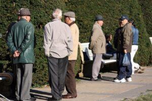 a-fost-extinsa-lista-categoriilor-de-persoane-care-beneficiaza-de-reducerea-cu-doi-ani-a-varstei-de-pensionare-fara-penalizare