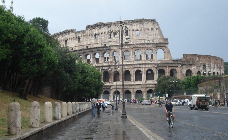 romanii-care-ajung-in-italia-trebuie-sa-ramana,-in-continuare,-in-caratina-14-zile