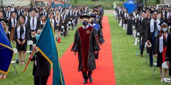 """zile-de-neuitat-pentru-cei-peste-2.000-de-absolventi-ai-umfst-""""george-emil-palade""""-din-targu-mures"""