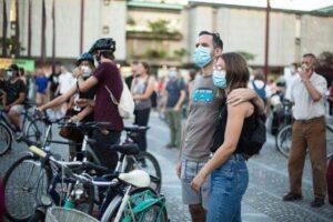 masca-de-protectie,-obligatorie-in-mai-multe-spatii-publice-in-aer-liber-din-sfantu-gheorghe