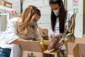 peste-14.000-de-produse-alimentare-vor-ajunge-in-comunitatile-vulnerabile-prin-salvati-copiii-romania