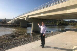 primul-pod-construit-de-la-zero-in-ultima-jumatate-de-secol,-cel-peste-olt,-la-comana,-dat-in-folosinta