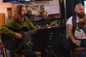 seara-folk-cu-focul-viu-la-rock-pub-clasim