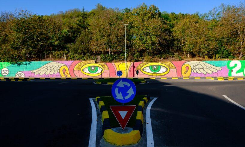 foto.-cel-mai-mare-zid-pictat-din-mures,-aproape-finalizat!