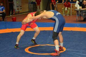 titlurile-de-campioni-la-lupte-juniori-se-decid-la-bacau