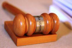 curtea-constitutionala-a-respins-ca-neintemeiata-sesizarea-avocatului-poporului,-impotriva-legii-carantinarii