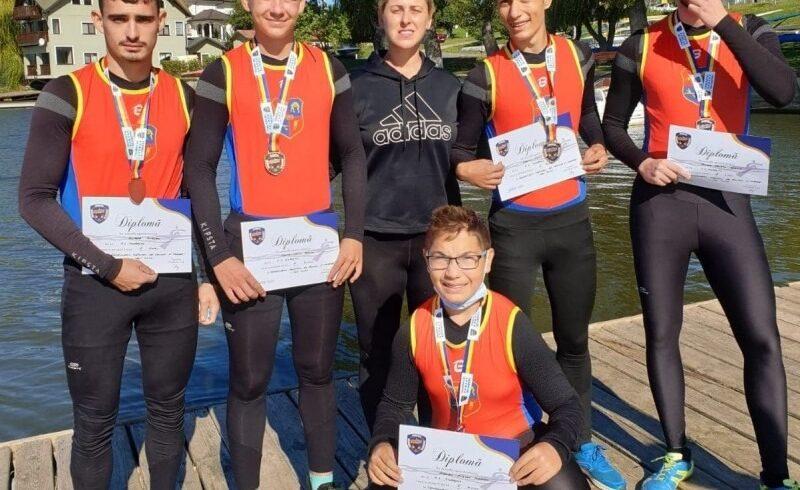 trei-medalii-de-bronz-pentru-canotorii-mureseni-la-nationale