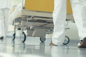 un-pacient-cu-covid-19-din-medias-a-decedat-asteptand-sa-se-elibereze-un-loc-la-ati-in-vreun-spital