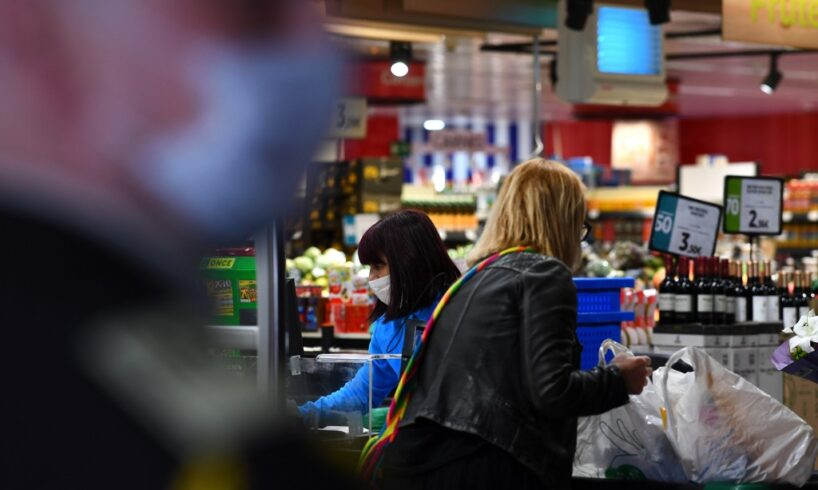 mari-retaileri-anunta-ca-sunt-pregatiti-cu-stocuri-de-alimente-si-produse-de-igiena-si-sanitare