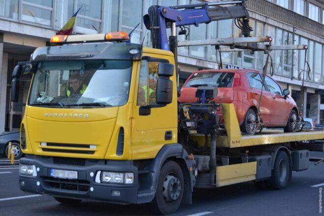 masinile-parcate-neregulamentar-pe-domeniul-public-vor-putea-fi-ridicate-de-autoritatile-locale