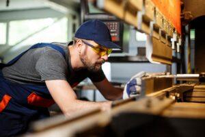 sprijinirea mediului de afaceri si crearea de locuri de munca