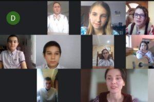 scoala-gimnaziala-sancraiu-de-mures-s-a-intrunit-virtual-pentru-a-serba-1-decembrie